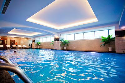 Bể bơi trong nhà chất lượng cao