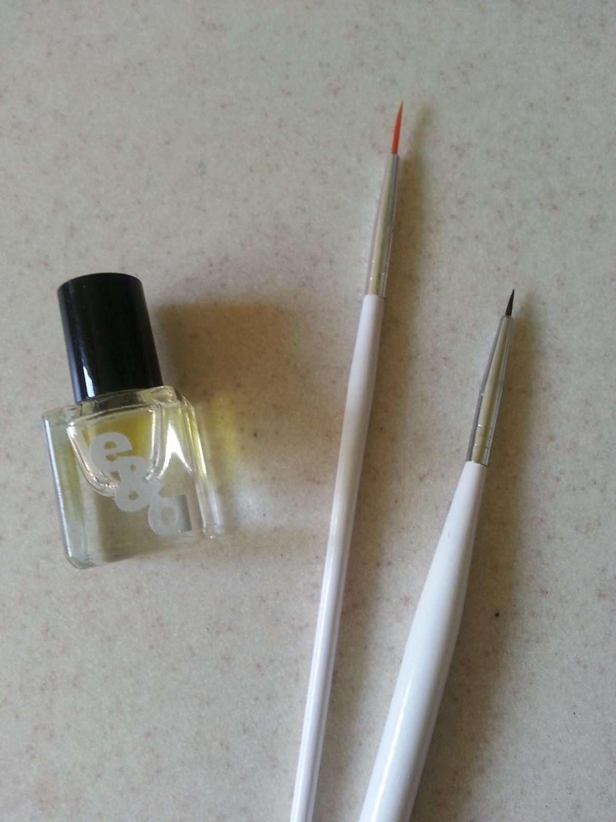 nail art brush care emerald & ash
