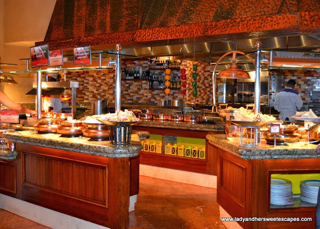 Indian buffet section at Kaleidoscope in Atlantis The Palm