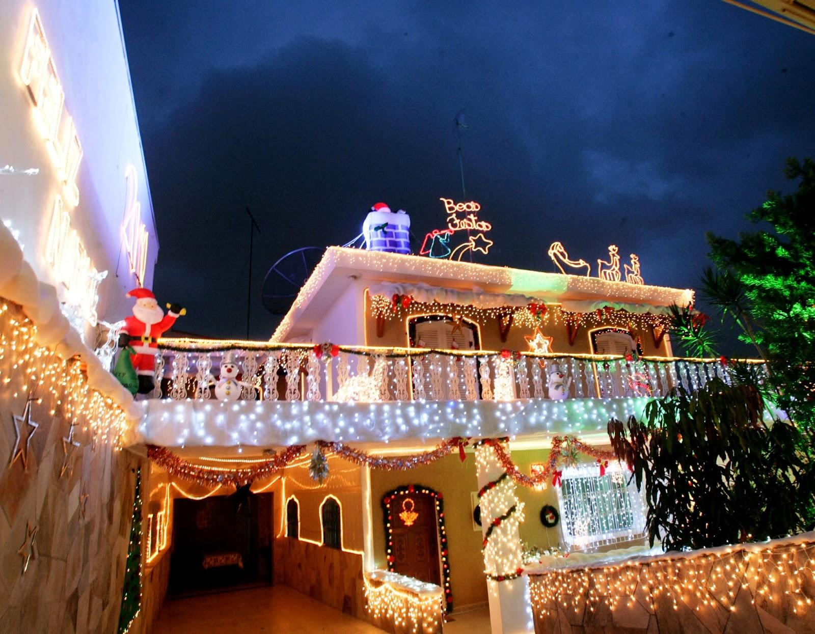 decoracao de natal para interiores de casas:Fachadas de casas/lojas decoradas para o natal – veja modelos e dicas