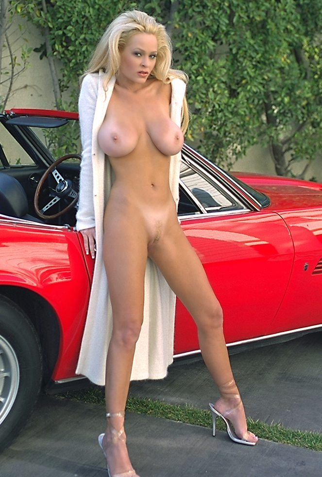 camaro with nude woman