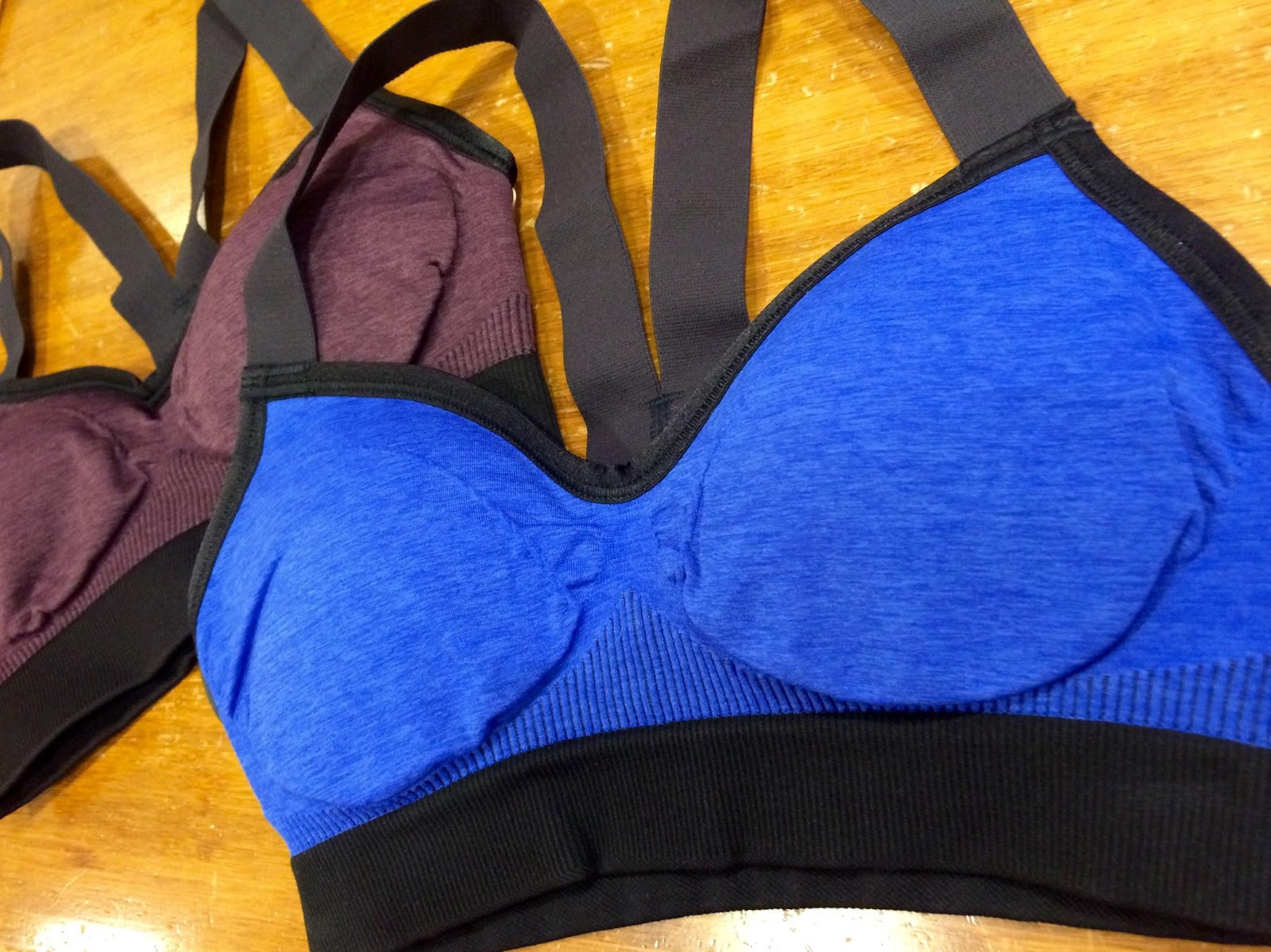 lululemon hold-your-om-bra