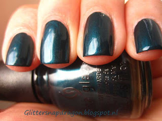 China Glaze Tongue & Chic