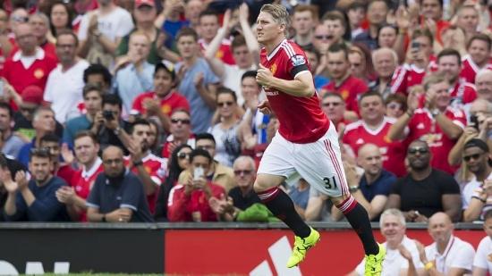 Grande contratação para a temporada, Schweinsteiger entrou no segundo tempo