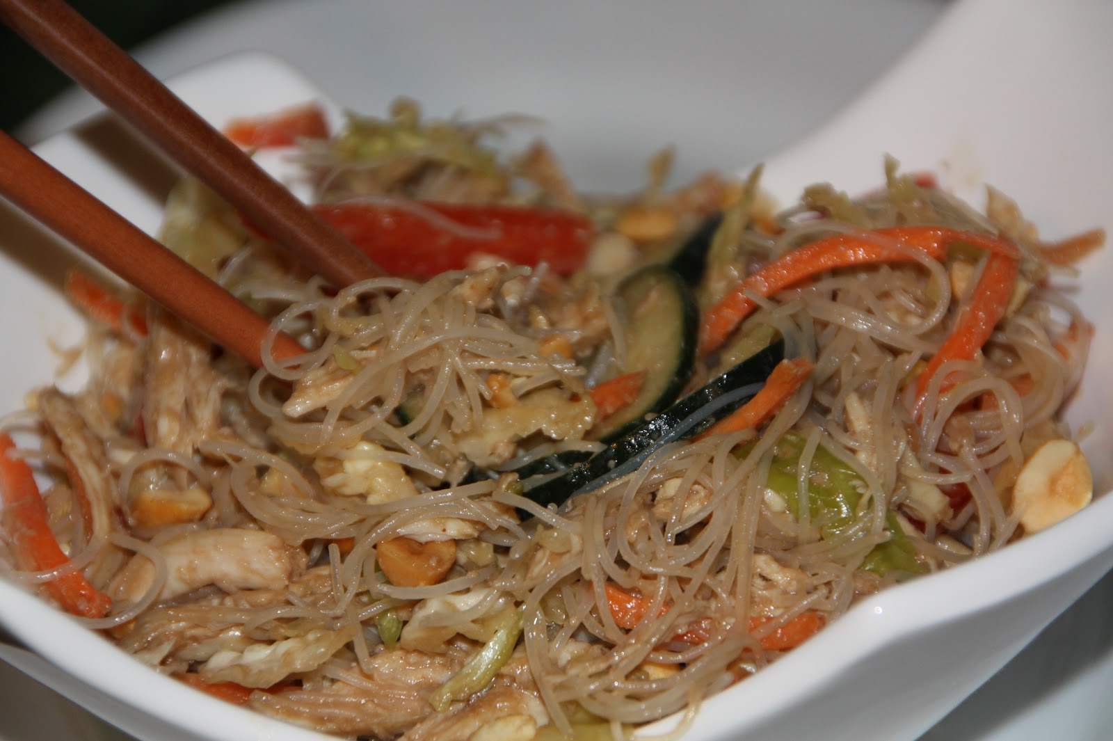 EVERYDAY SISTERS: Thai Chicken Noodle Salad