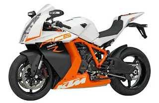 2013 KTM RC8 1190 Superbike used as an illustration