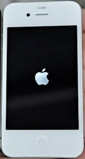 fix iphone 4 stuck on apple boot logo