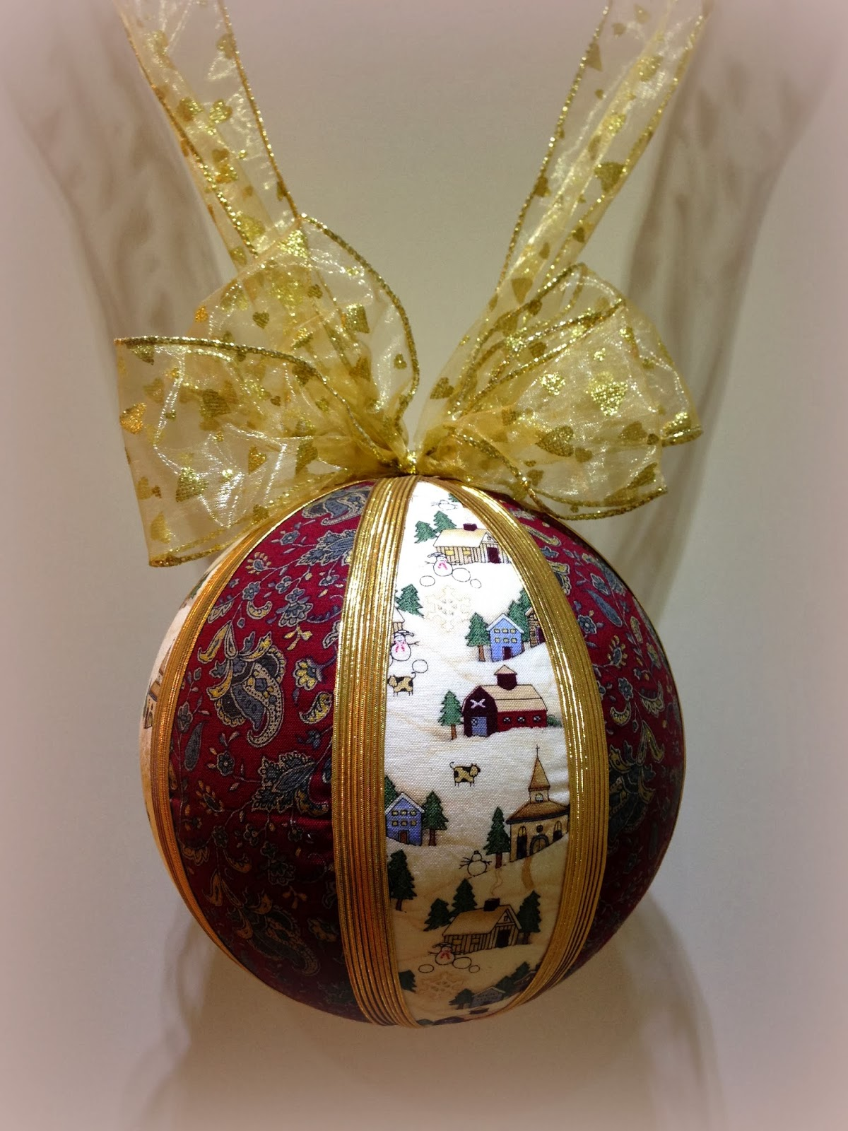 Trampantojos de costura bolas de navidad gigantes - Bolas de navidad ...