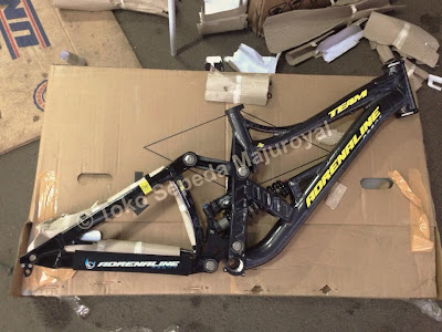 Frame Adrenaline DH Team size S 15""