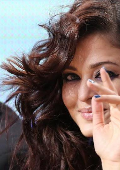 A look at Aishwarya Rai Bachchan at CANNES'12 A+look+at+Aishwarya+Rai+Bachchan+at+CANNES%2712