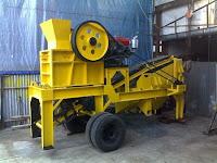 mesin pemecah batu/stone crusher