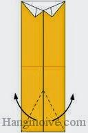 Bước 6: Gấp hai góc giấy ra ngoài