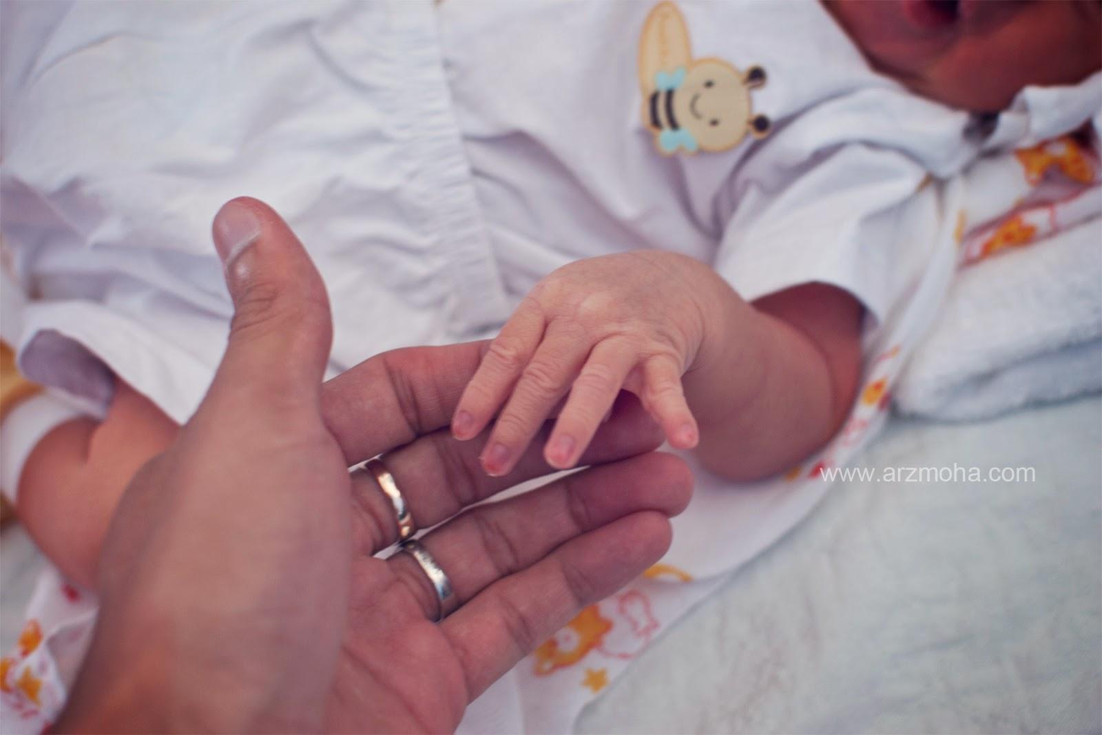 baby, almira, faqihah, kelahiran, jari bayi, kids, girl,