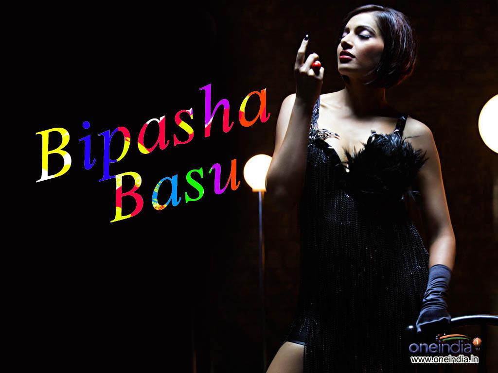 http://4.bp.blogspot.com/-relwGxLJ7QQ/TuGNAdBfUII/AAAAAAAANDI/CJSp5Mb7pwg/s1600/bipasha-basu_001.jpg