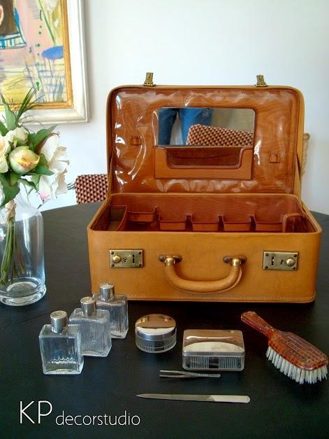 Comprar Maleta antigua vintage para colección y decoradores.