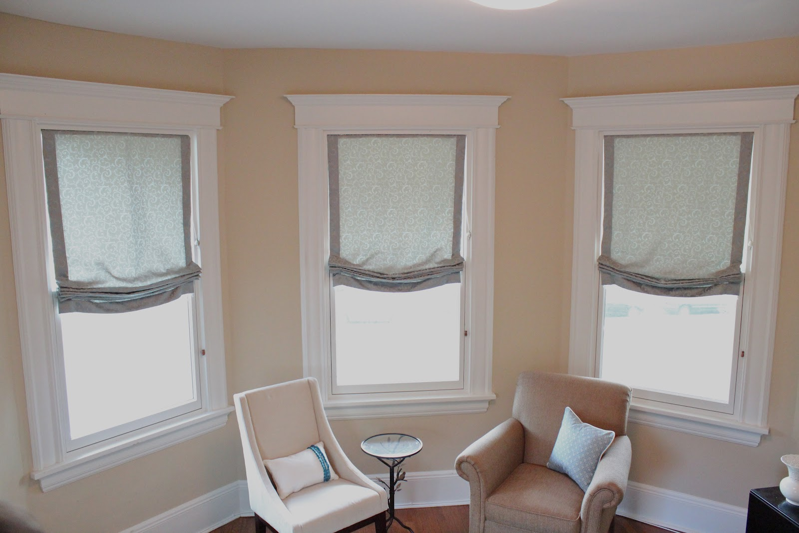 Pleats Amp Puddles Custom Draperies And Bedding Roman Shades