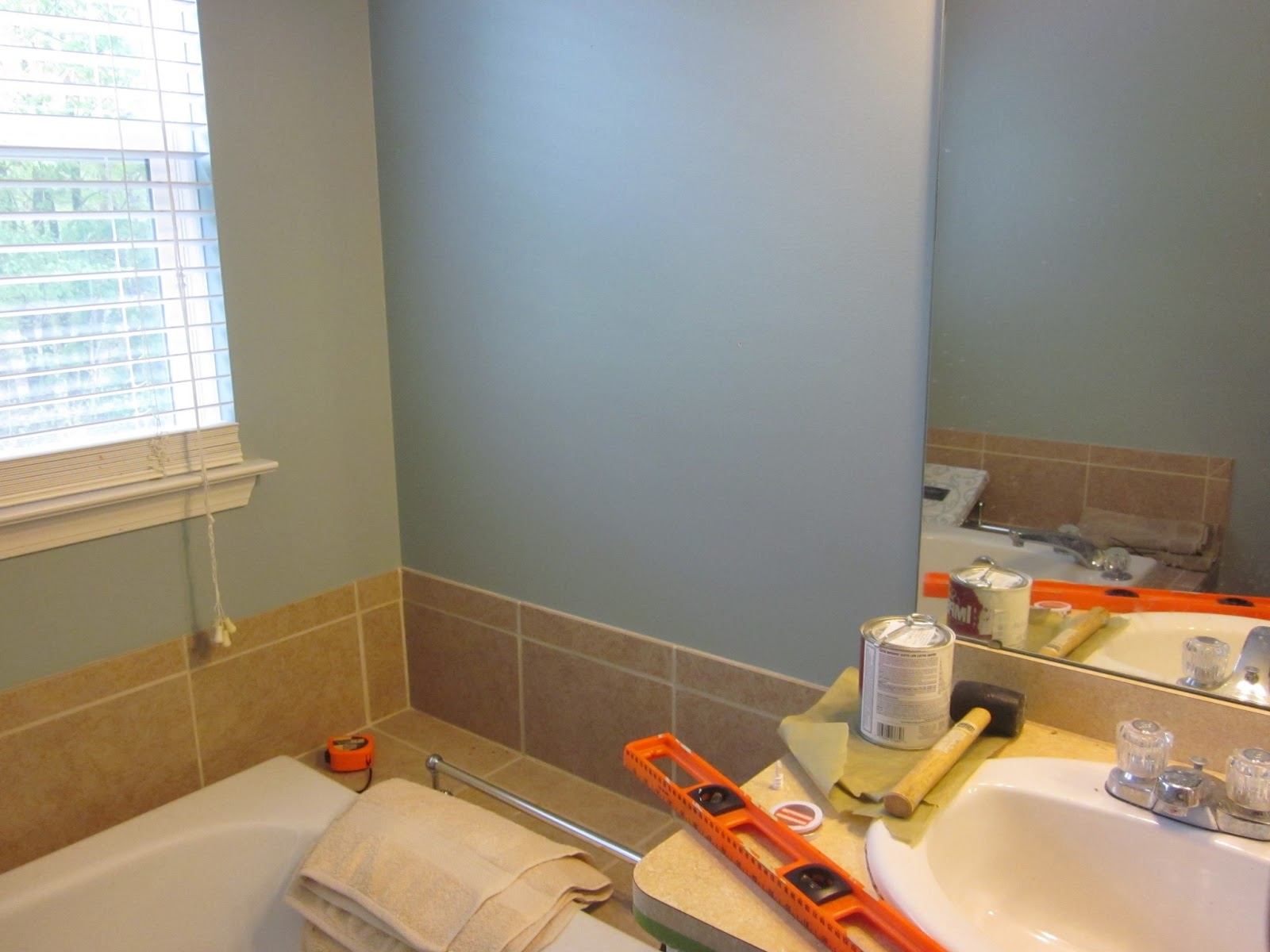 Cleaning bathroom walls before painting - I Have Been Wanting To Paint My Oak Cabinets Which Are In My Kitchen Powder Room Master Bath And Kids Bath Countless People Have Told Me