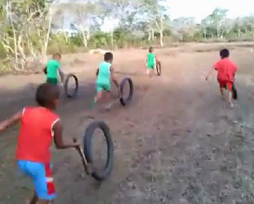 push the wheel with stick race philippines