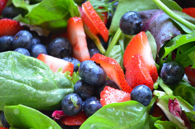 Strawberry-Blueberry-Chicken-Salad-With-Orange-Vinaigrette-Strawberries-Blueberries.jpg