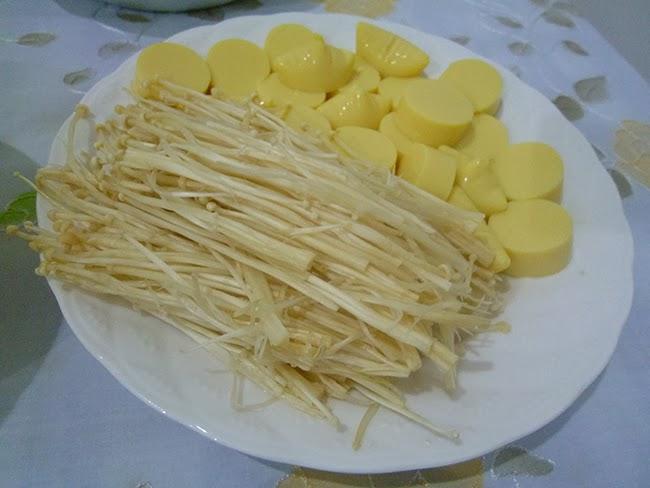 Hongos chinos y tofu japones