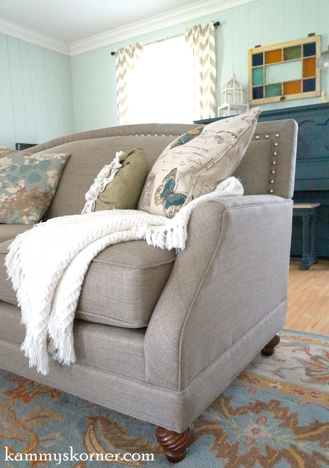 Kammy\'s Korner: My New Nail Head Trim Sofa!