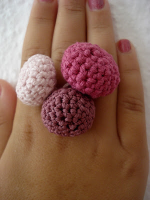 crafty jewelry: crocheted beads ring tutorial