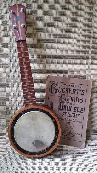 Mom's banjo uke