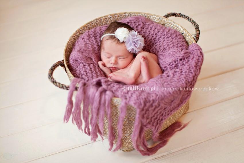 sesje fotograficzne noworodków, fotograf noworodkowy, fotografia rodzinna, sesja zdjęciowa na chrzciny