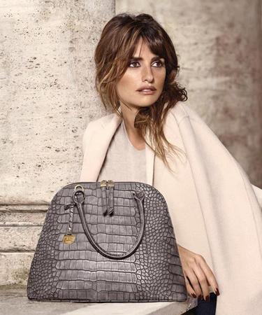 colección de bolsos Carpisa diseñada por Penélope y Mónica Cruz