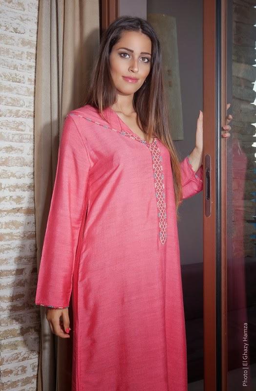 djellaba marocaine pour femmes 2014 caftan moderne 2018 boutique vente caftan marocain de luxe. Black Bedroom Furniture Sets. Home Design Ideas