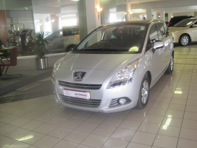 Used cars for sale in Cape Town  - 2013 Peugeot 5008