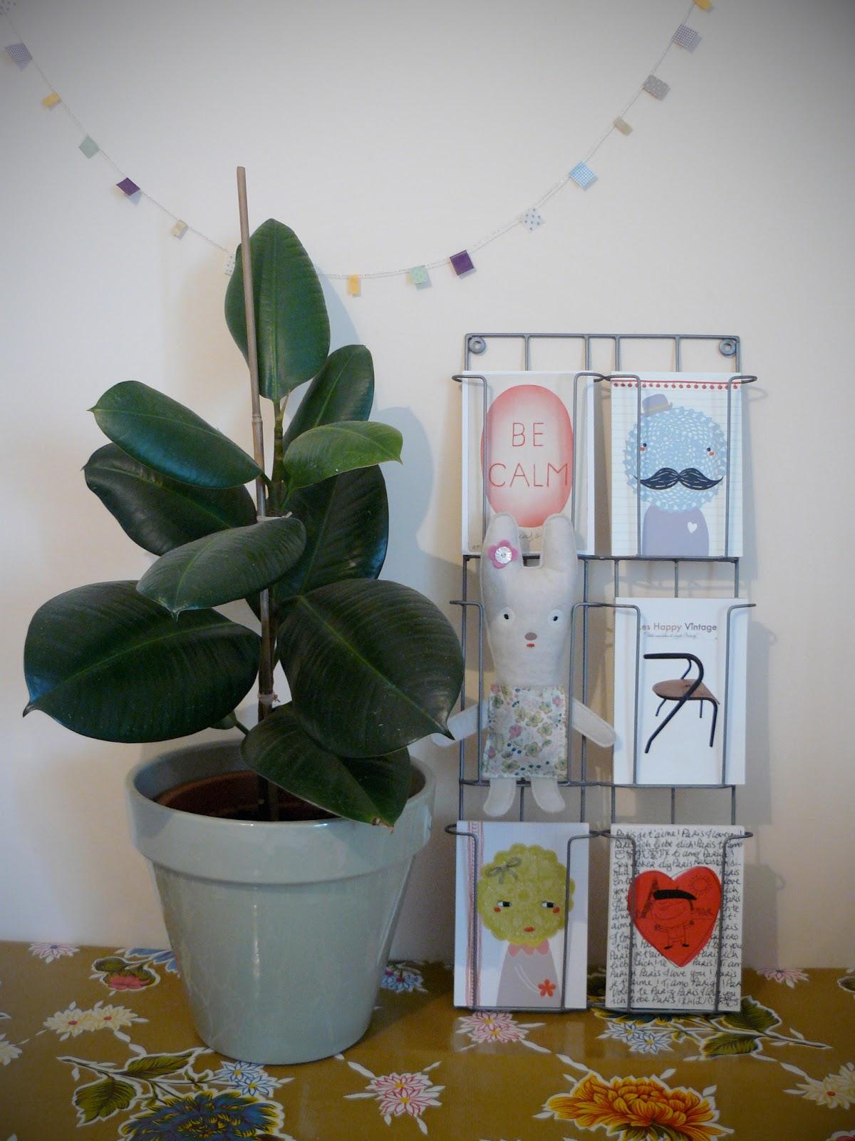 presentoir carte postale. Black Bedroom Furniture Sets. Home Design Ideas