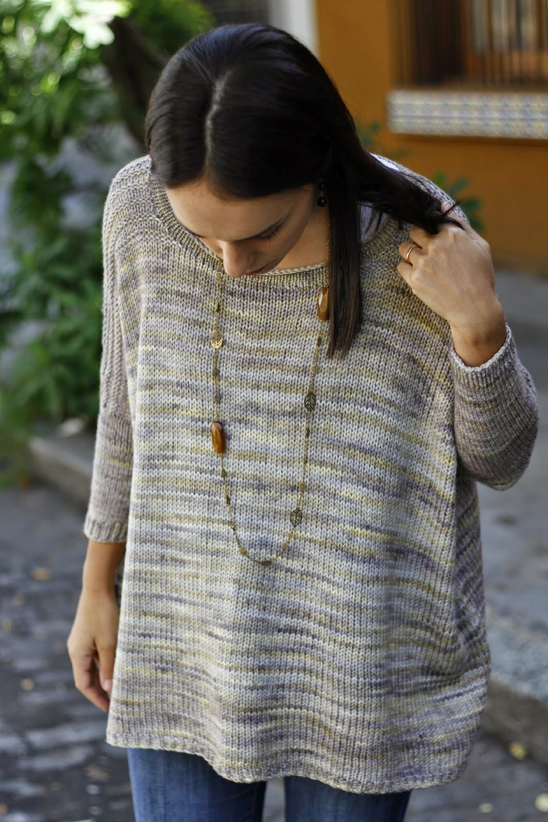 http://www.ravelry.com/patterns/library/worsted-boxy