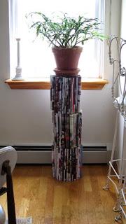 tavolino fai da te con giornali riciclati