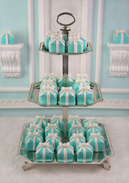 Tiffany mini cakes