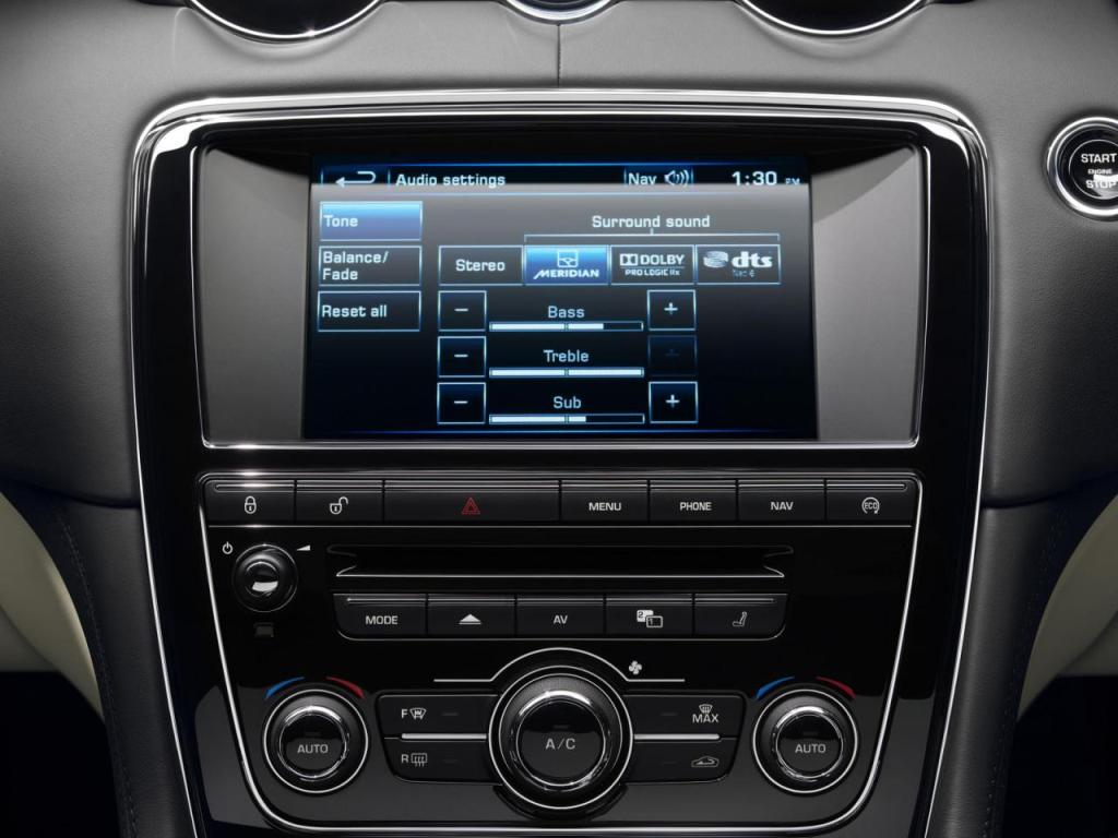 Jaguar+XF+ve+XJ+3.jpg