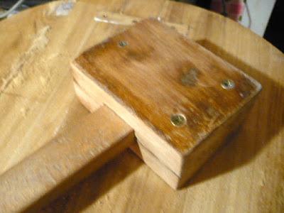 Maza de madera reciclada