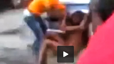Ashawo Fighting with her Customer for Non Payment [VIDEO]
