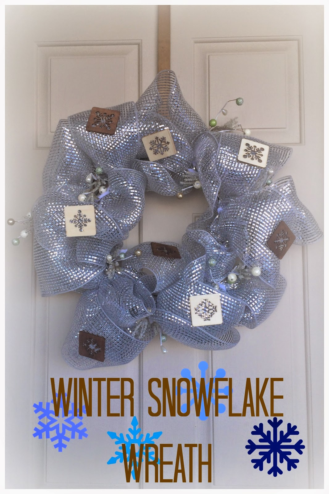 Rustic Winter DIY Wreath, tutorial, snowflakes, mesh wreath