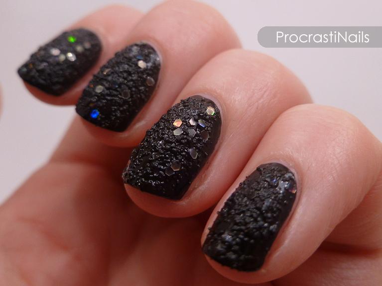 Swatch-It Sunday: Essie Belugaria - ProcrastiNails