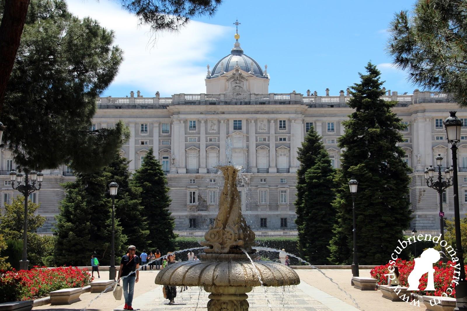 Descubriendo mayrit guia de turismo en madrid jardines for Terraza sabatini madrid