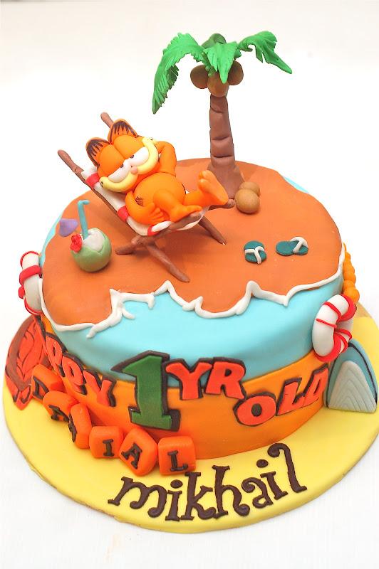 Melting Bites Something Sweet By Meltingbites Garfield Birthday Cake