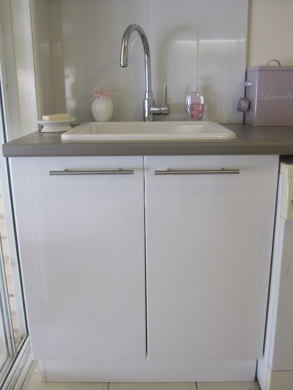 Laundry Basin Bunnings : Cassadiva: My New Laundry - The Cupboard Design