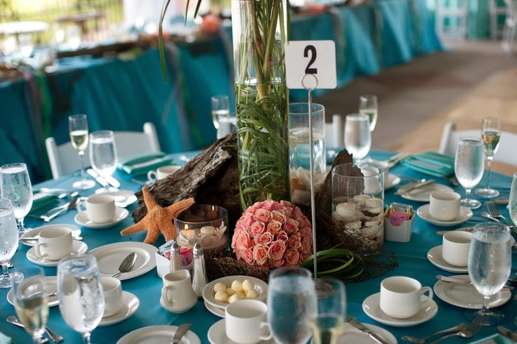 beach wedding table settings