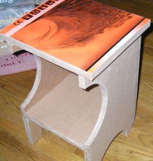 Cara Membuat Meja unik dari kardus bekas