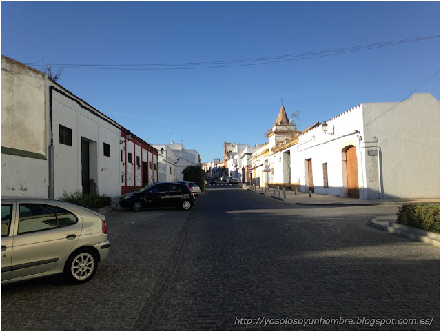 Carretera calle de vuelta a Carmona