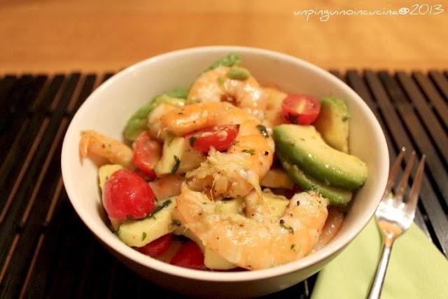 insalata speziata di mazzancolle e avocado