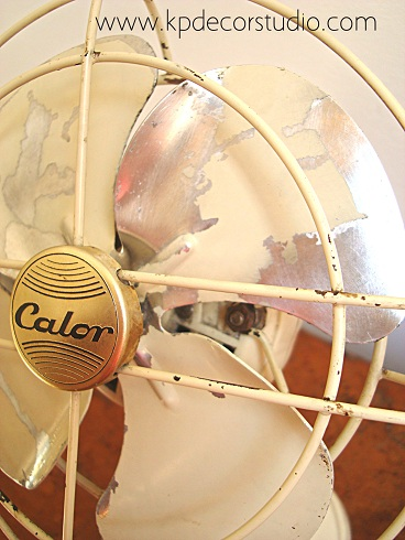 "alt=""Comprar_ventilador_antiguo_barato_decorativo_funcionando_corriente_220_vintage_buy_old_fan"""