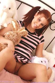 大笨蛋 - rs-adult_baby_babysitters_50-768720.jpg