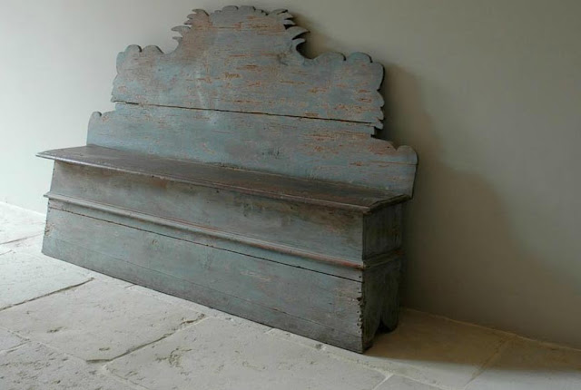 Antique Bench via Chateau Domingue as seen on linenandlavender.net